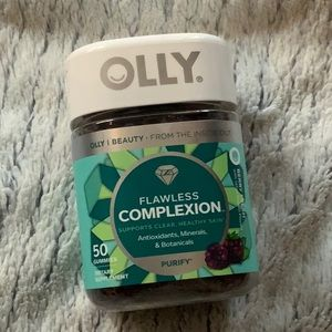 NWT Olly Sephora Flawless Skin Vitamins